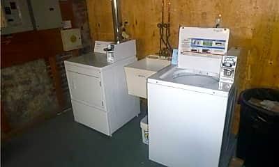 Kitchen, 207 Myrtle Pl 5, 2