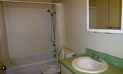 Bathroom, 179 Haas Ave, 2