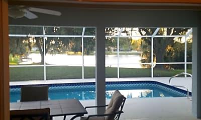 Patio / Deck, 4695 Blueridge St, 2
