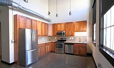 Kitchen, Alumni Lofts Apartments, 1