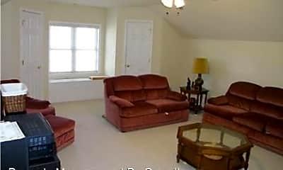 Living Room, 13347 Chesapeake Pl, 1