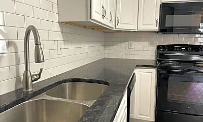Kitchen, 503 King St, 2