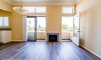 Living Room, 18620 Burbank Blvd, 0