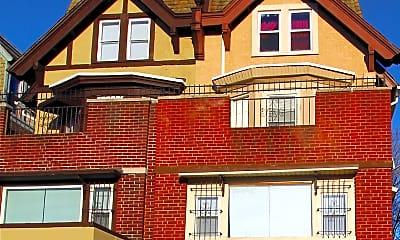 Building, 4621 N Broad St, 0