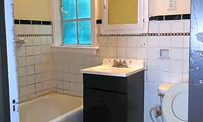 Bathroom, 1524 Broadway, 2