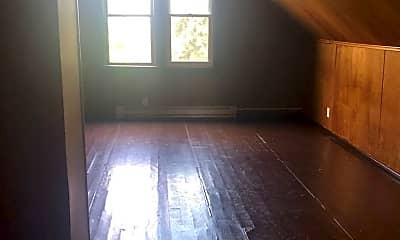 Living Room, 10514 Mt Auburn Ave, 1