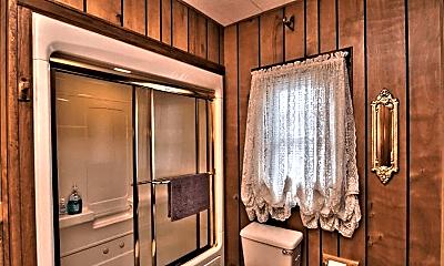 Bathroom, 1 North Ave, 2