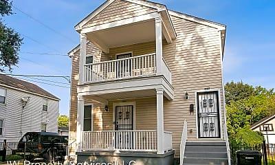 Building, 3875 Pauger St, 0