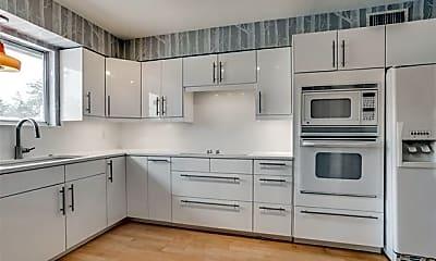 Kitchen, 6115 Averill Way D, 0