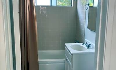 Bathroom, 7742 Lankershim Blvd, 0