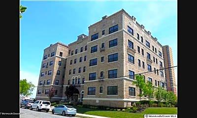 Building, 1700 Webb St 3G, 0