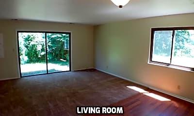 Bedroom, 4690c Scioto Dr, 1