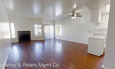 Living Room, 11722 Avon Way, 0