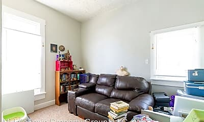 Living Room, 1305 W Jackson St, 1