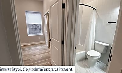 Bathroom, 4262 Parkside Ave, 2