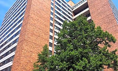 Atrium Apartments, 0