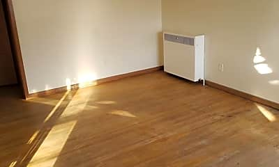 Living Room, 607 9th Ave N, 1