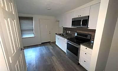 Kitchen, 1420 E 6th St, 1