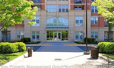 Building, 11770 Sunrise Valley Dr, 1