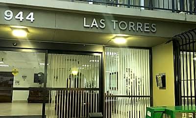 Las Torres Senior, 1