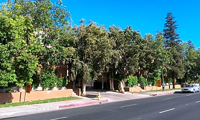 Villa Topanga Apartments, 1