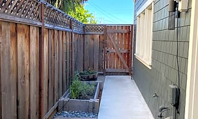 Patio / Deck, 701 2nd Ave, 2