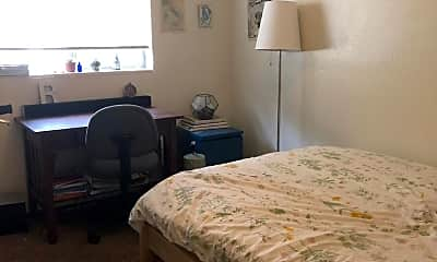 Bedroom, 318 W 7th St, 2