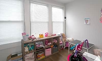 Bedroom, 2020 N Spaulding Ave, 1