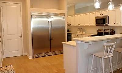 Kitchen, 7 Cherokee Rd, 2