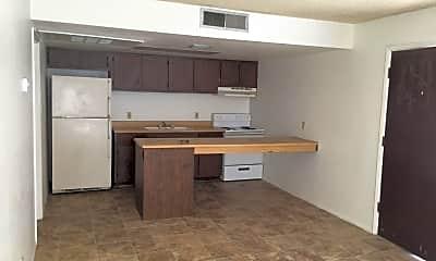 Kitchen, 1002 N 25th Pl 8, 1