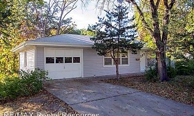 Building, 1207 White Oak Ln, 0