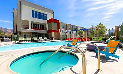 Pool, The Glen at University Park - PER BED LEASE, 0