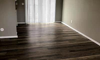 Living Room, 2919 George Washington Blvd, 1