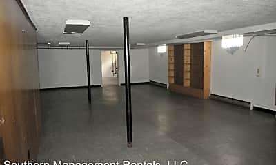 Bathroom, 2255 Willow Rd, 2
