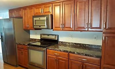 Kitchen, 181 Robbins Ave, 1