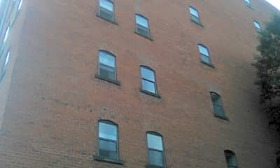 Barr Apartments, 2