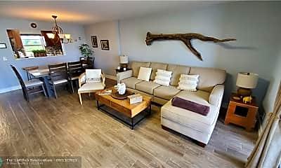 Living Room, 101 SE 3rd Ave 502, 1