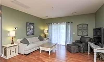 Living Room, 8043 Bienville Dr, 1