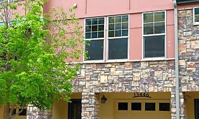 Building, 13446 Via Varra, 0