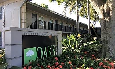 The Oaks on Azeele Apartment Homes, 2