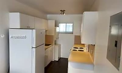 Kitchen, 2033 Calais Dr, 0