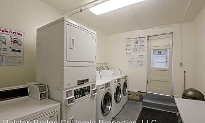 Bathroom, 2120 California St, 2