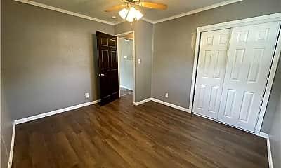 Bedroom, 1733 Seneca Ave, 2