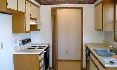 Kitchen, The 3400 blocks of E Covington and Lomita Streets The 2700 block of  S Glenview Avenue, 0