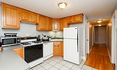 Kitchen, 3216 N Kenmore Ave, 1