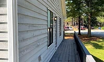 Patio / Deck, 1351 N Hampton Rd, 2