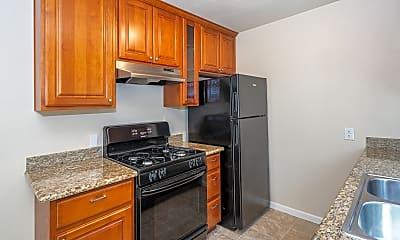 Kitchen, 494 Hendley St, 1