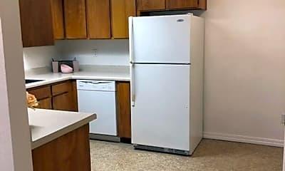 Kitchen, 153 E Shasta Ave, 2