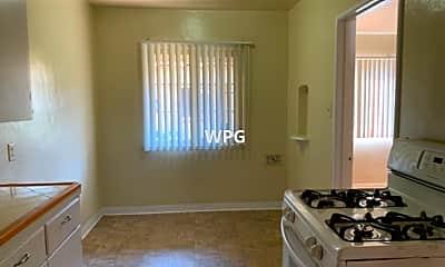 Kitchen, 365 S 4th St, 2