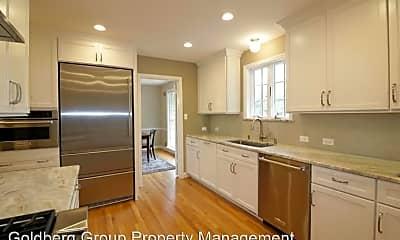 Kitchen, 9204 Cedar Way, 1